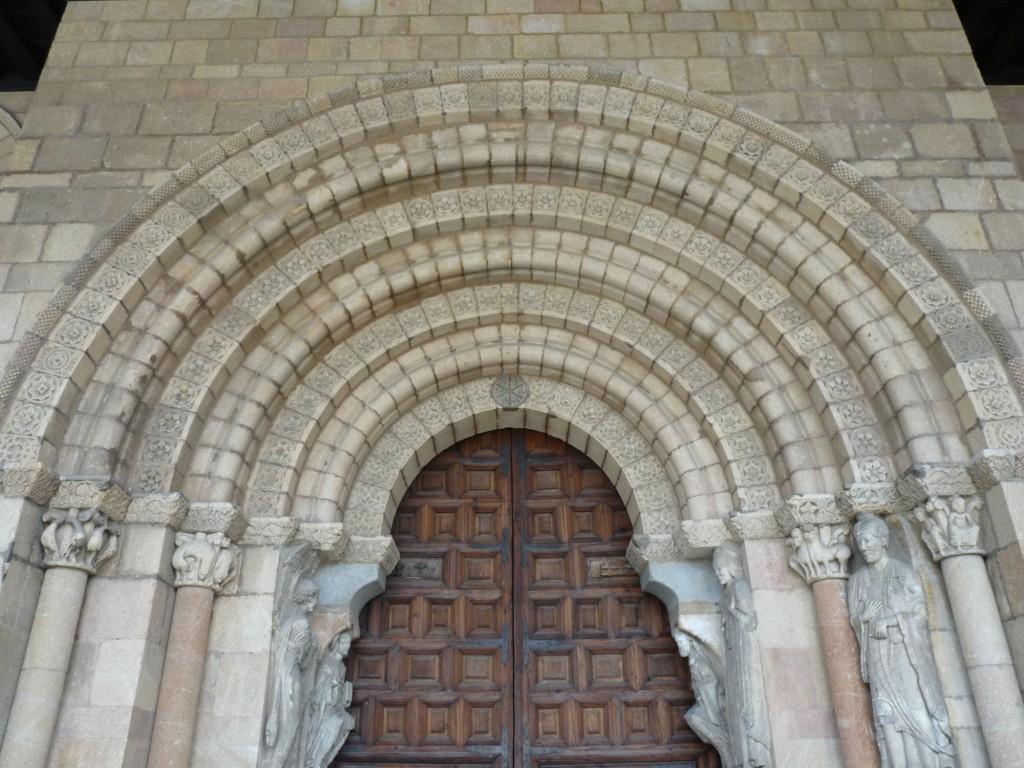 Basílica de San Vicente en Ávila - Portada sur del crucero