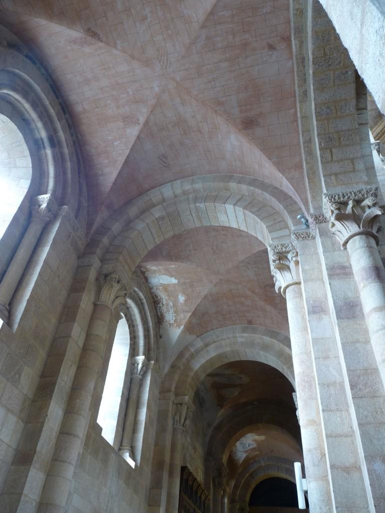 Basílica de San Vicente en Ávila - Nave lateral