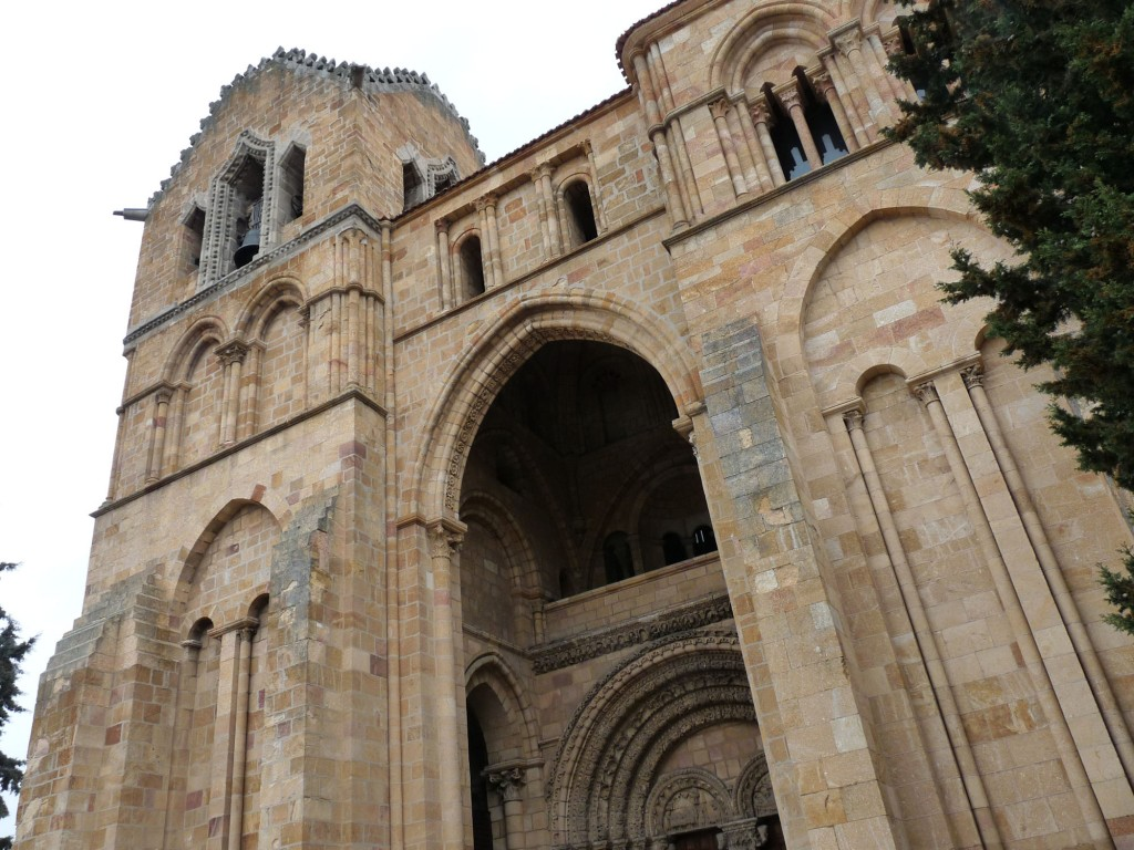 Basílica de San Vicente en Ávila - Fachada principal