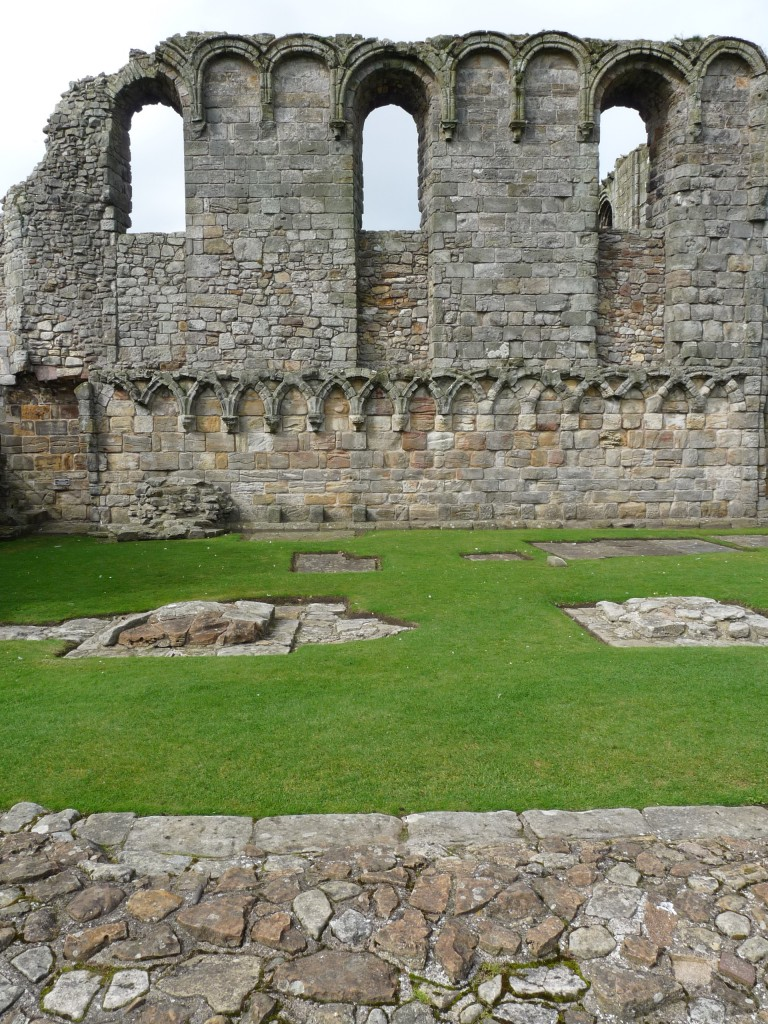 Saint Andrews Cathedral - Muro del transepto