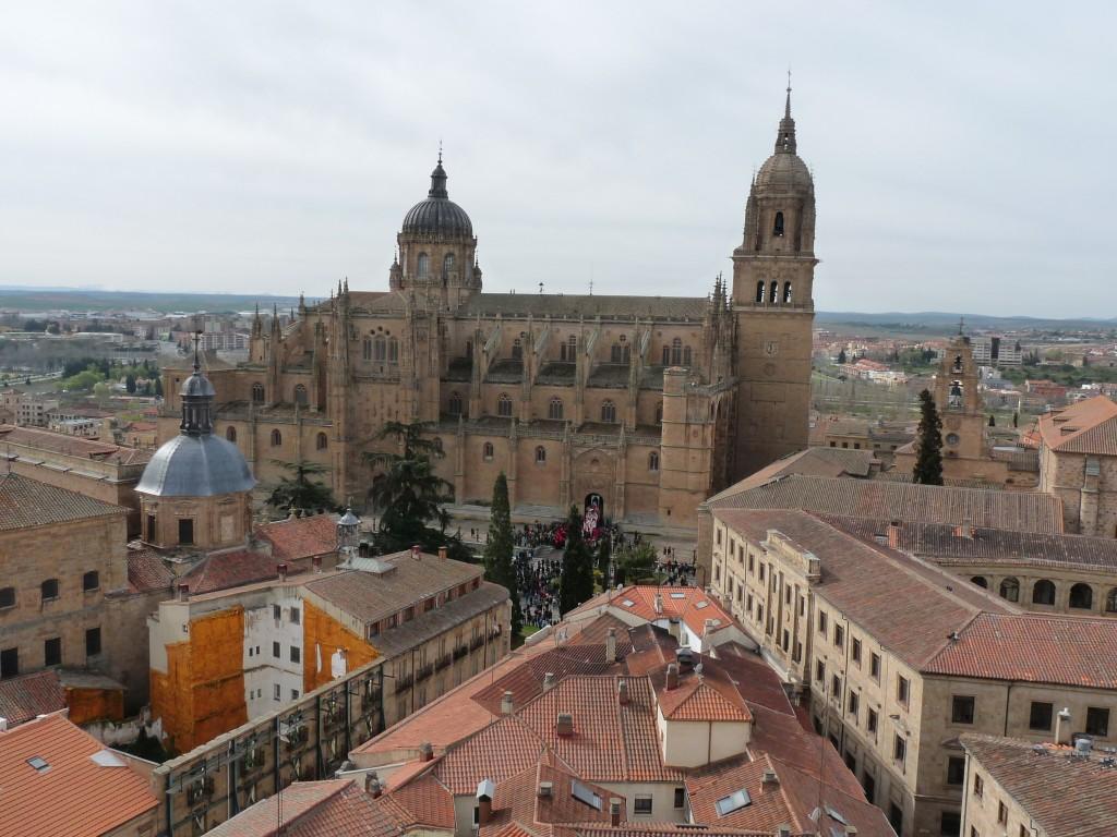 Vista de la Catedral Nueva de Salamanca desde la Clerecía