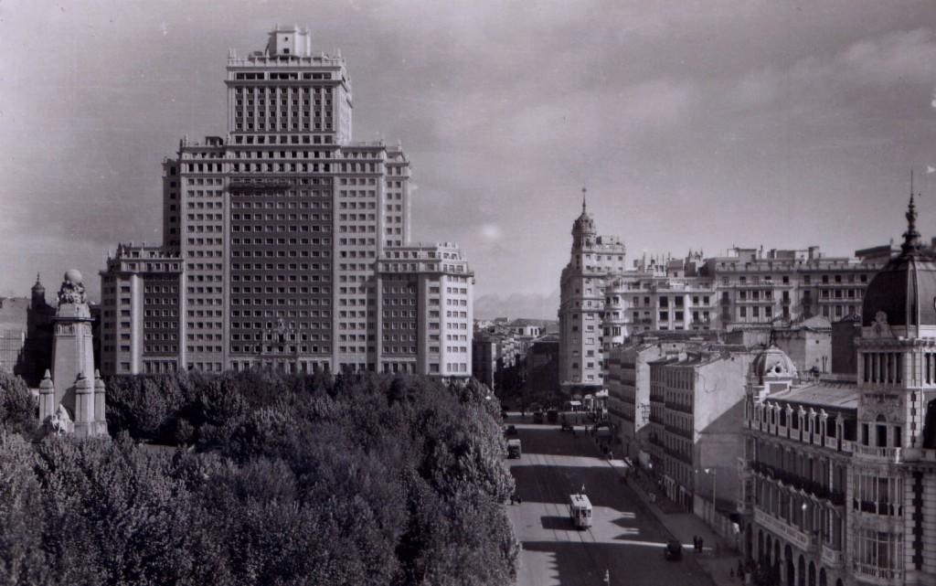 Edificio_España_contranvia